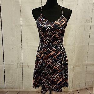 Banana Republic Dresses - Banana Republic geometric dress Sz 4